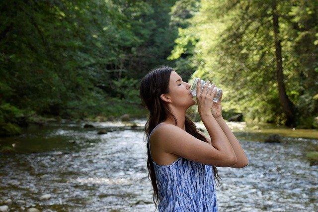 boire suffisamment pour garder la pêche